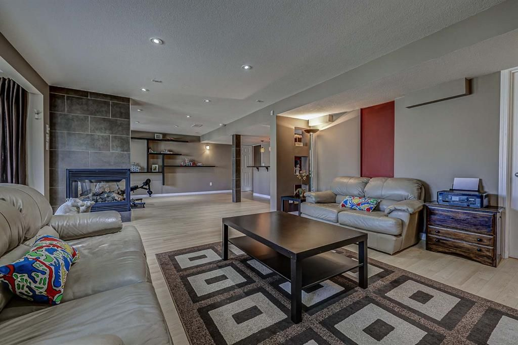 Photo 35: Photos: 66 Everhollow Rise SW in Calgary: Evergreen Detached for sale : MLS®# A1101731