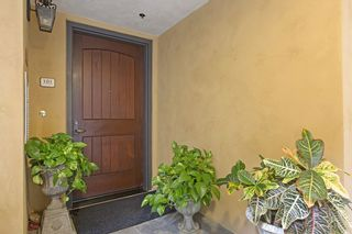 Photo 2: LA JOLLA Condo for sale : 3 bedrooms : 1010 Genter St #101