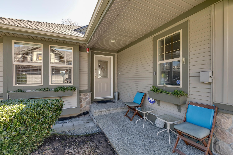 "Main Photo: 11 23281 KANAKA Way in Maple Ridge: Cottonwood MR Townhouse for sale in ""Woodridge Estates"" : MLS®# R2566865"