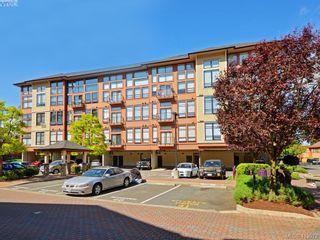 Photo 1: 203 829 Goldstream Ave in VICTORIA: La Langford Proper Condo for sale (Langford)  : MLS®# 821058