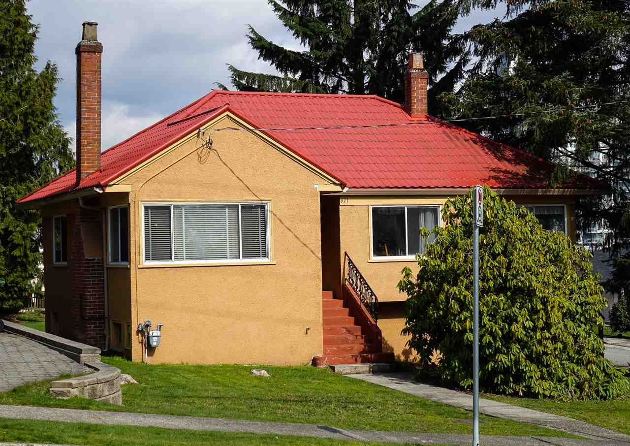Main Photo: 321 CUMBERLAND Street in New Westminster: Sapperton House for sale : MLS®# R2556313