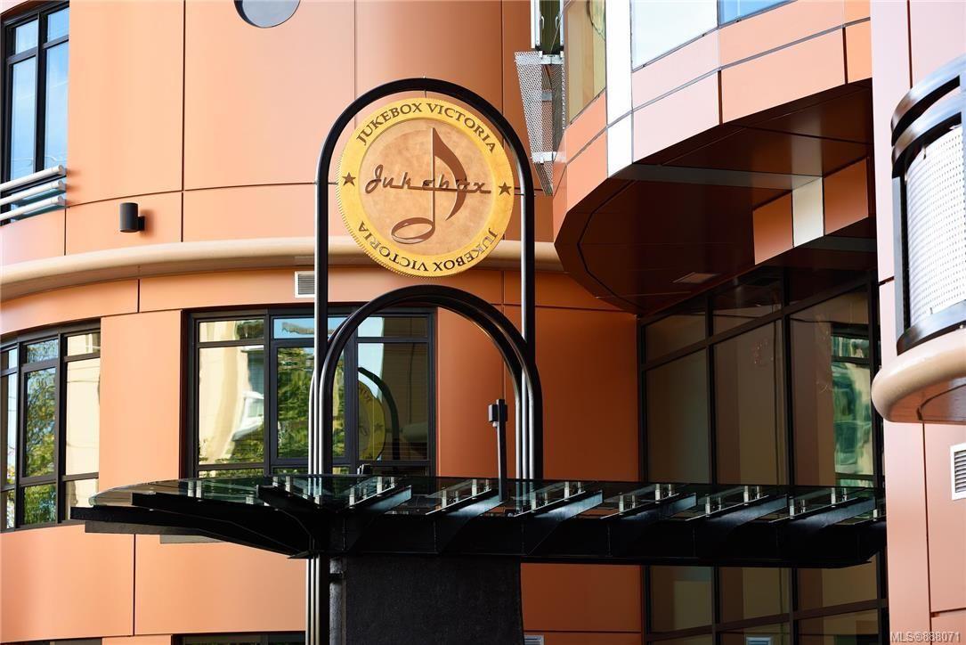 Main Photo: 811 1029 View St in Victoria: Vi Downtown Condo for sale : MLS®# 888071