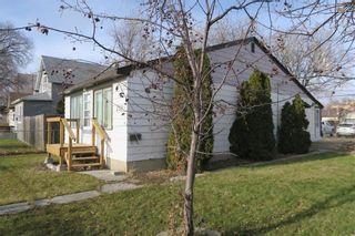 Photo 2: 359 William Newton Avenue in Winnipeg: Elmwood Residential for sale (3A)  : MLS®# 202027629