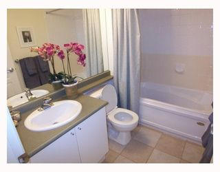 """Photo 4: 409 3278 HEATHER Street in Vancouver: Cambie Condo for sale in """"THE HEATHERSTONE"""" (Vancouver West)  : MLS®# V748850"""