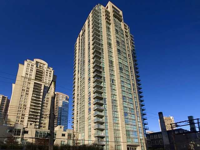 """Main Photo: 103 928 RICHARDS Street in Vancouver: Downtown VW Condo for sale in """"THE SAVOY"""" (Vancouver West)  : MLS®# V885332"""