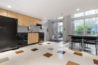 """Photo 32: 1103 933 SEYMOUR Street in Vancouver: Downtown VW Condo for sale in """"THE SPOT"""" (Vancouver West)  : MLS®# R2539934"""