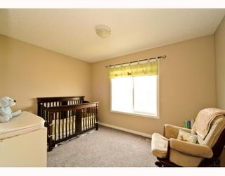 Photo 11: 25 COPPERFIELD Court SE in CALGARY: Copperfield Townhouse for sale (Calgary)  : MLS®# C3383561