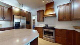 Photo 9: 9903 145 Street in Edmonton: Zone 10 House for sale : MLS®# E4261729