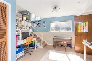Photo 24: 15500 OXENHAM Avenue: White Rock House for sale (South Surrey White Rock)  : MLS®# R2620472