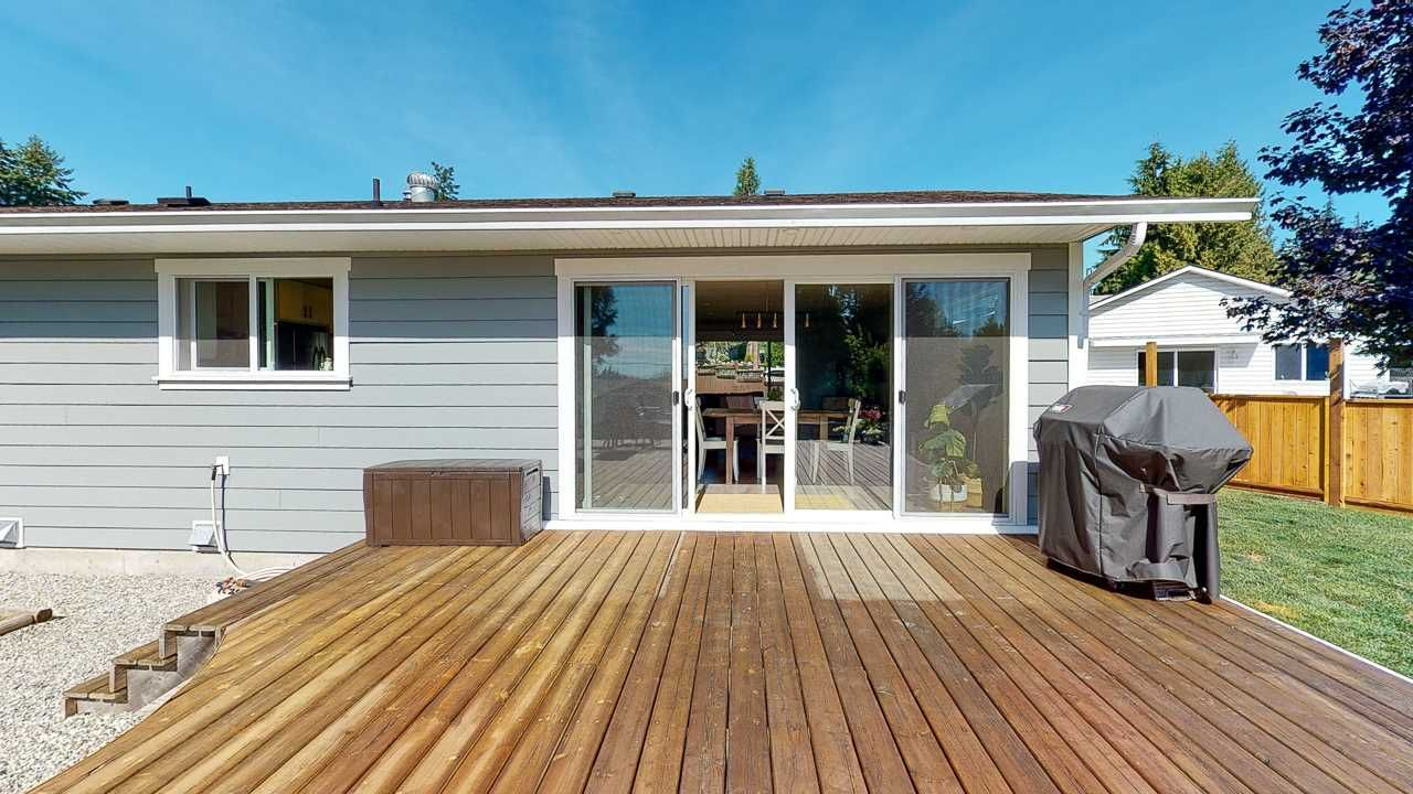 Photo 34: Photos: 5472 CARNABY Place in Sechelt: Sechelt District House for sale (Sunshine Coast)  : MLS®# R2495555