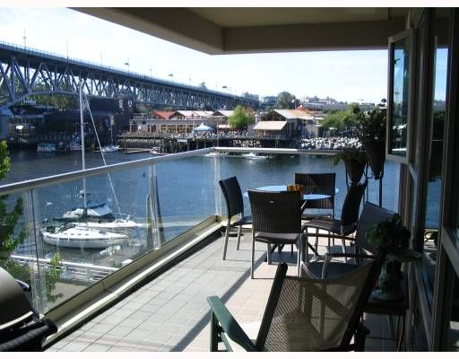 """Main Photo: 306 1600 HORNBY Street in Vancouver: False Creek North Condo for sale in """"YACHT HARBOUR POINTE"""" (Vancouver West)  : MLS®# V727890"""