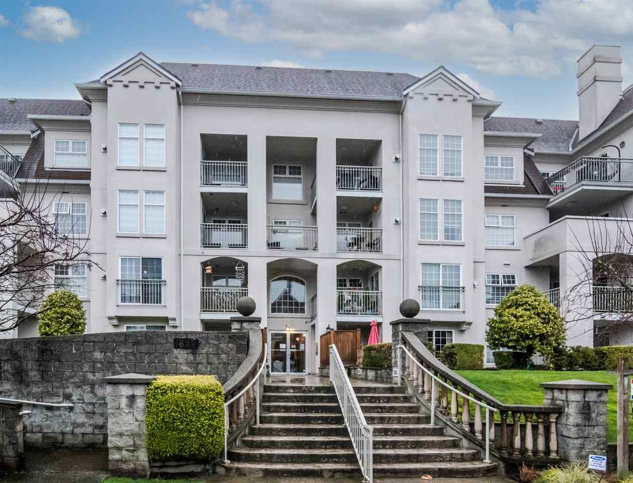 "Main Photo: 104 1655 GRANT Avenue in Port Coquitlam: Glenwood PQ Condo for sale in ""The Benton"" : MLS®# R2532854"