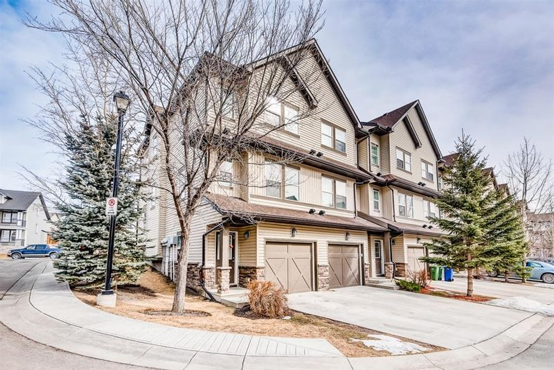 FEATURED LISTING: 100 - 28 Heritage Drive Cochrane