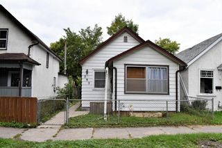 Photo 1: 395 St John's Avenue in Winnipeg: North End Residential for sale (4C)  : MLS®# 202122064
