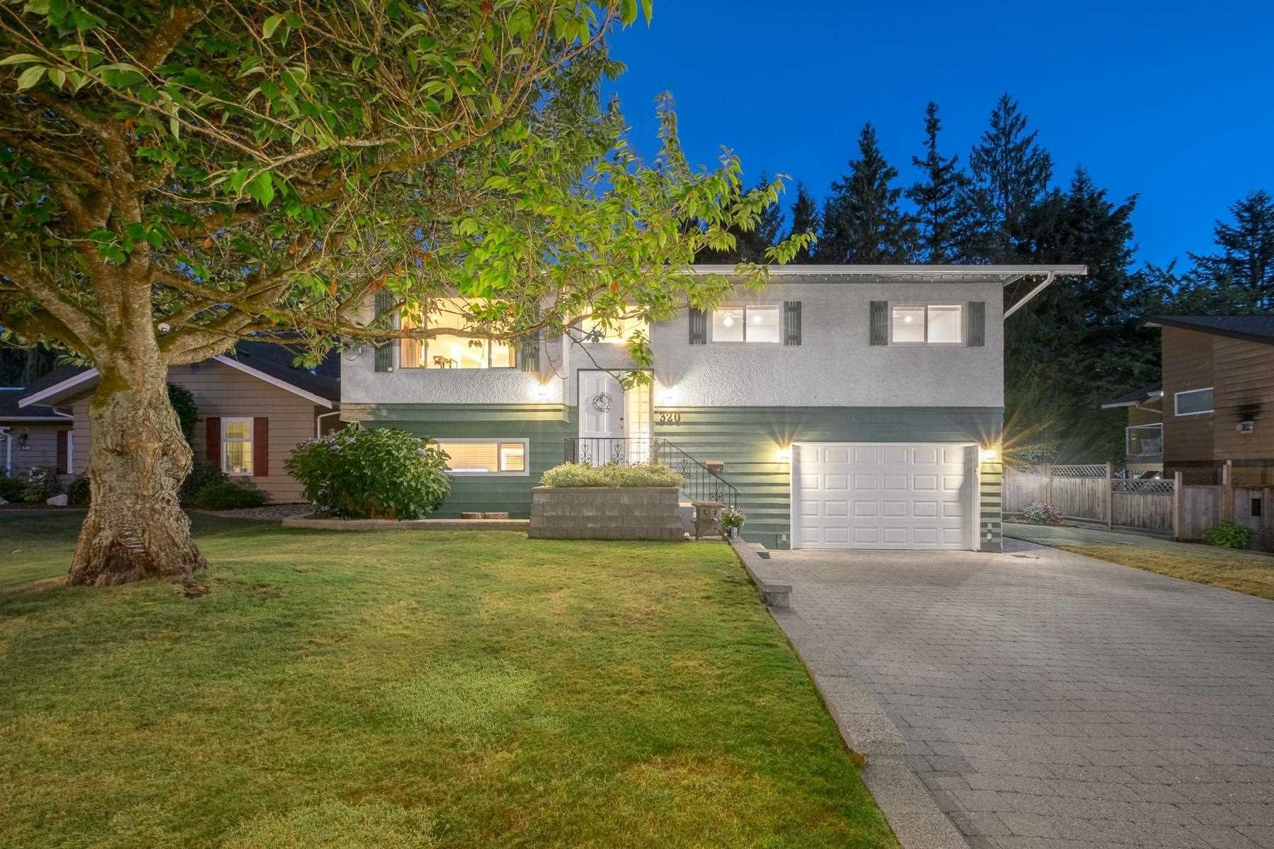 """Main Photo: 320 MCMASTER Court in Port Moody: College Park PM House for sale in """"COLLEGE PARK"""" : MLS®# R2608080"""