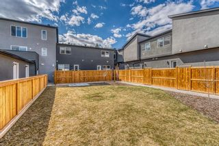 Photo 32: 1960 19 Street NW in Calgary: Banff Trail Row/Townhouse for sale : MLS®# A1099152