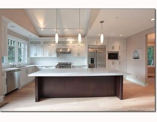 Photo 3: 1239 SINCLAIR CT in West Vancouver: House for sale : MLS®# V798134