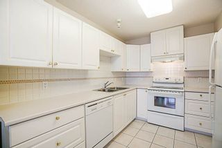 Photo 3: 1404 612 SIXTH STREET in New Westminster: Uptown NW Condo for sale : MLS®# R2230753