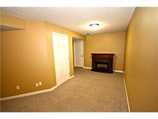 Photo 11: 11 PRESTWICK Common SE in Calgary: McKenzie Towne Townhouse for sale : MLS®# C3642406