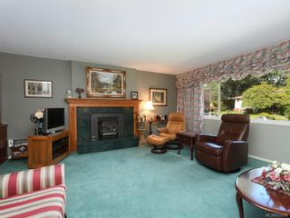 Photo 2: 3936 Oakdale Pl in Saanich: SE Mt Doug House for sale (Saanich East)  : MLS®# 839886
