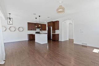Photo 4: 63 Autumn Place SE in Calgary: Auburn Bay Detached for sale : MLS®# A1122443