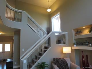 Photo 9: 15 Appletree Crescent in Winnipeg: Bridgwater Forest Residential for sale (1R)  : MLS®# 1720782