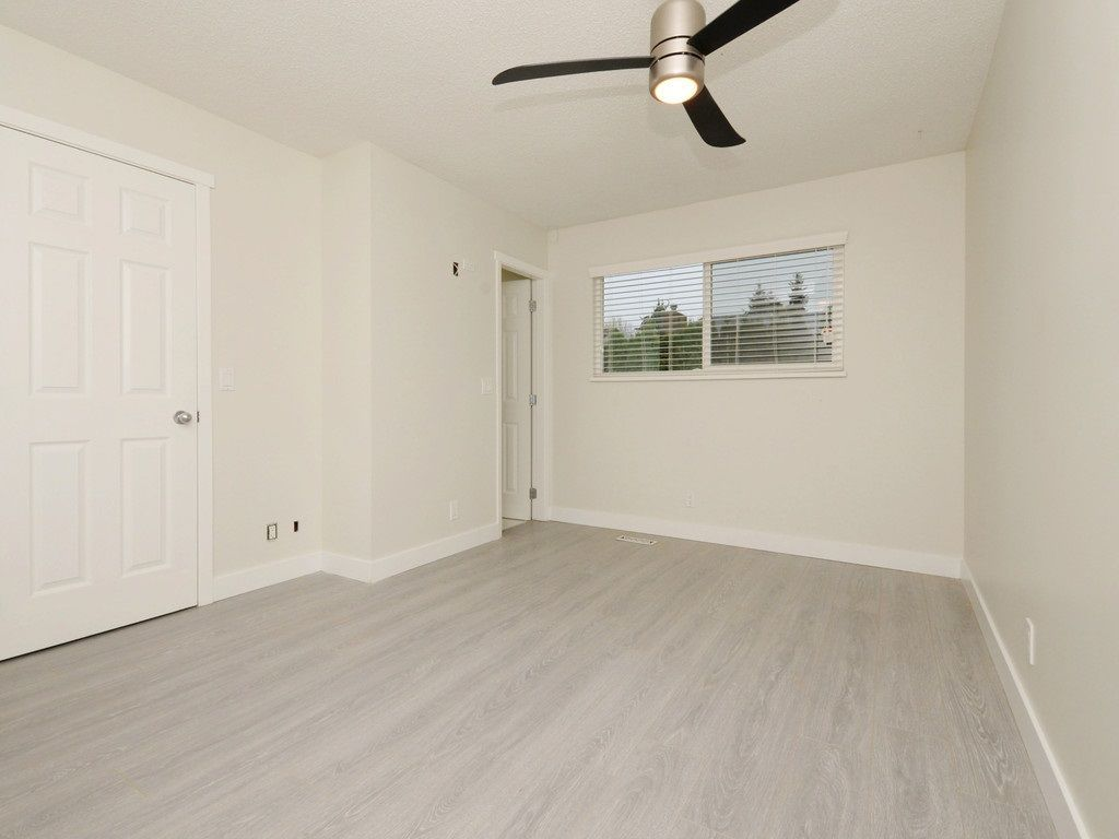 Photo 10: Photos: 3247 SAMUELS Court in Coquitlam: New Horizons House for sale : MLS®# R2219617