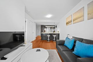 """Photo 13: 2308 777 RICHARDS Street in Vancouver: Downtown VW Condo for sale in """"TELUS GARDEN"""" (Vancouver West)  : MLS®# R2617805"""