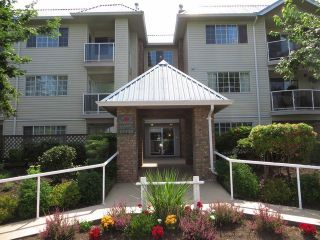 "Photo 9: # 301 15338 18TH AV in Surrey: King George Corridor Condo for sale in ""Parkview Gardens"" (South Surrey White Rock)  : MLS®# F1326062"