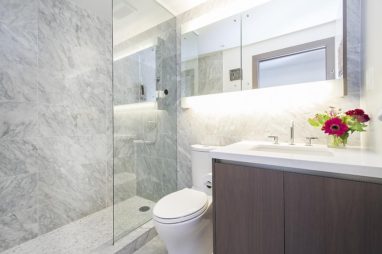 """Photo 12: Photos: 1908 68 SMITHE Street in Vancouver: Downtown VW Condo for sale in """"1 PACIFIC"""" (Vancouver West)  : MLS®# R2244187"""