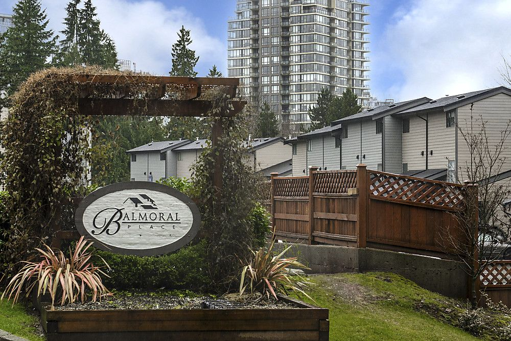 Main Photo: 226 BALMORAL PL in Port Moody: North Shore Pt Moody Townhouse for sale : MLS®# V1010523