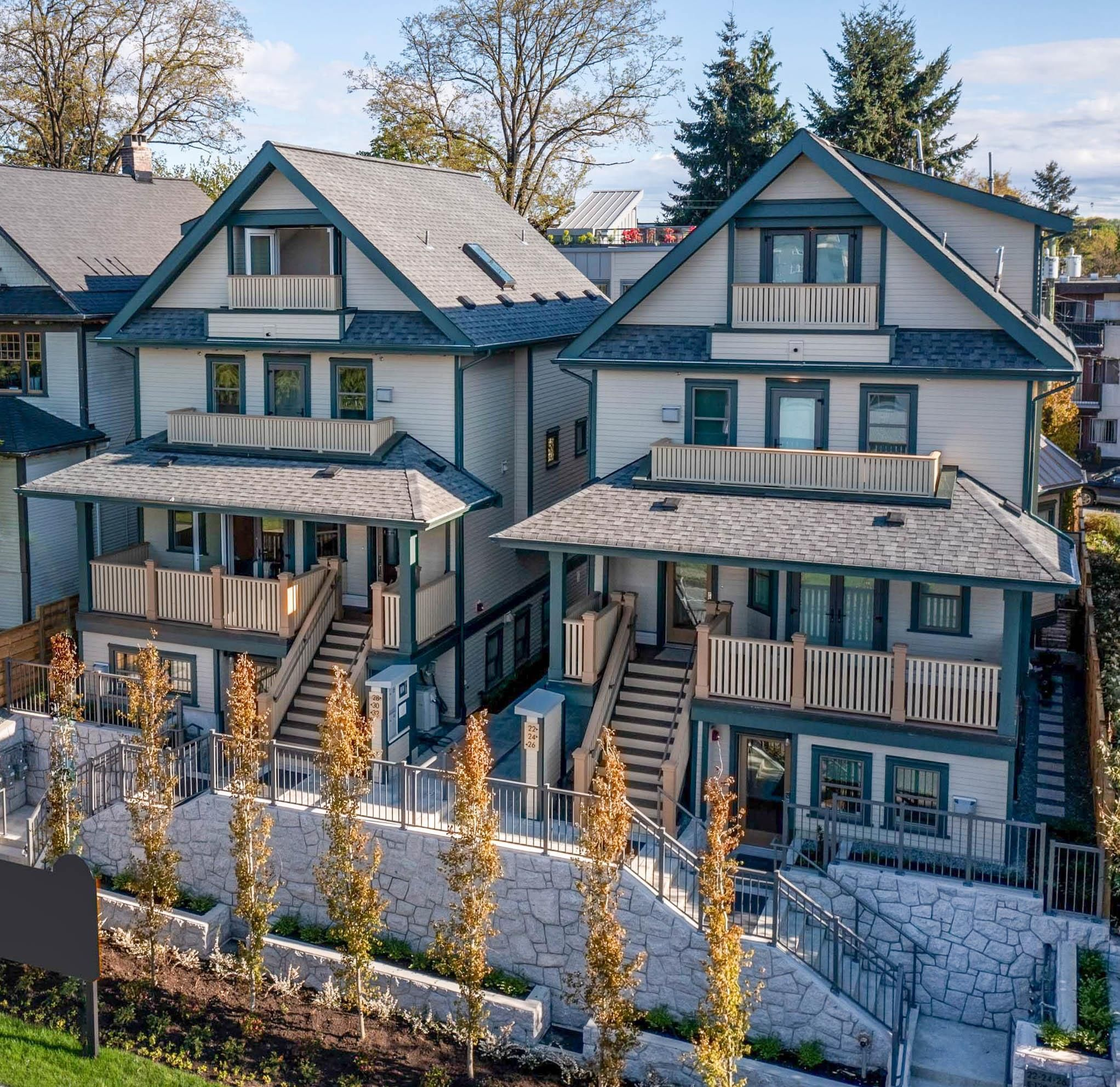 """Main Photo: 30 E 12TH Avenue in Vancouver: Mount Pleasant VE Townhouse for sale in """"West of Main"""" (Vancouver East)  : MLS®# R2617035"""