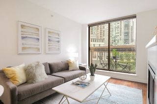 Photo 1: 407 538 SMITHE STREET in Vancouver: Downtown VW Condo for sale (Vancouver West)  : MLS®# R2610954