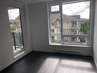 Photo 5: 504 5470 ORMIDALE STREET in Vancouver: Collingwood VE Condo for sale (Vancouver East)  : MLS®# R2337695