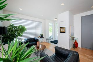 Photo 5: 5404 21 Street SW in Calgary: North Glenmore Park Row/Townhouse for sale : MLS®# A1127304