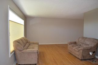 Photo 3: 45 Mayfair Road SW in Calgary: Meadowlark Park Detached for sale : MLS®# A1064150