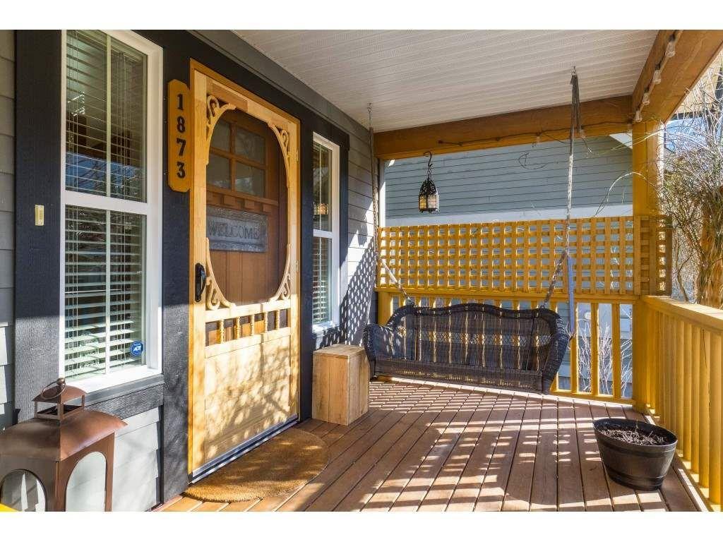 Photo 2: Photos: 1873 BLACKBERRY Lane: Lindell Beach House for sale (Cultus Lake)  : MLS®# R2437543