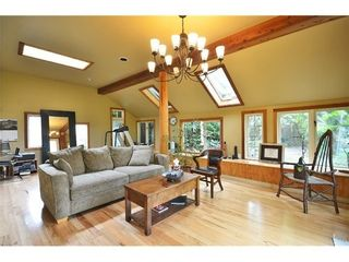 Photo 11: 3920 PANDORA Street: Vancouver Heights Home for sale ()  : MLS®# V1007153