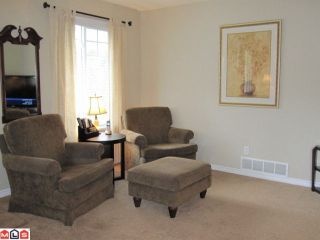 "Photo 4: # 52 20761 TELEGRAPH TR in Langley: Walnut Grove Condo for sale in ""Woodbridge"" : MLS®# F1008855"