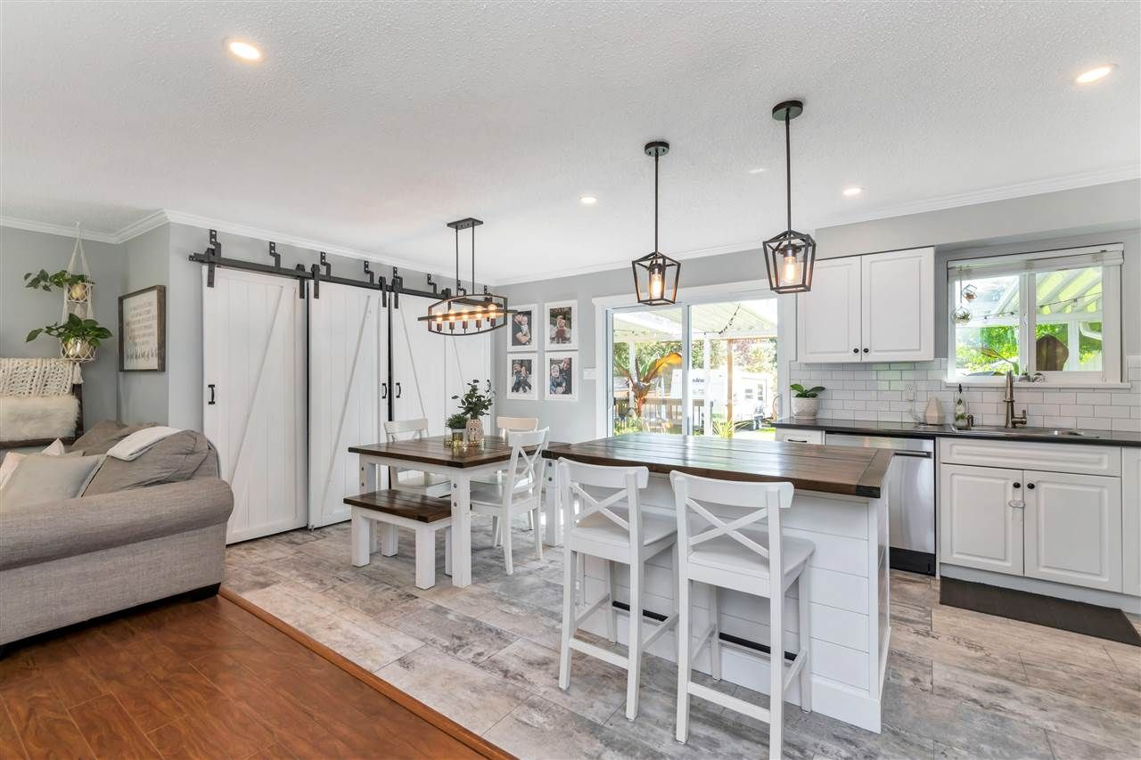 Photo 13: Photos: 32626 BADGER Avenue in Mission: Mission BC House for sale : MLS®# R2493289