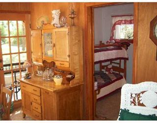 Photo 3: 173 WASAGAMING Drive in ONANOLE: Manitoba Other Single Family Detached for sale : MLS®# 2712258