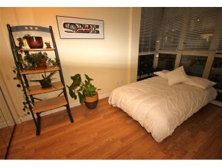 Photo 4: 908 819 HAMILTON Street in Vancouver: Downtown VW Condo for sale (Vancouver West)  : MLS®# V974906