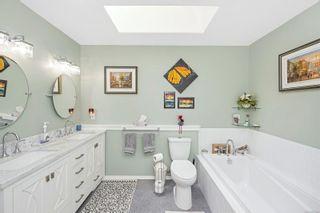 Photo 4: 6044 Avondale Pl in : Du West Duncan Half Duplex for sale (Duncan)  : MLS®# 877404