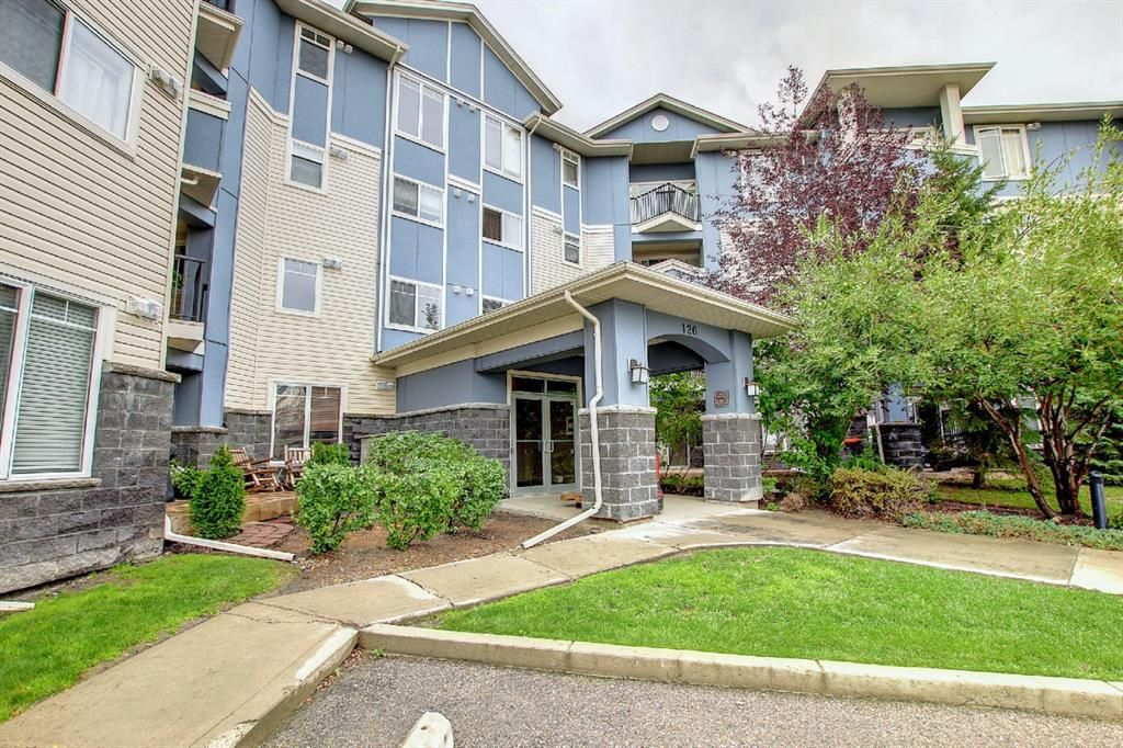 Main Photo: 304 120 Country Village Circle NE in Calgary: Country Hills Village Apartment for sale : MLS®# A1147353