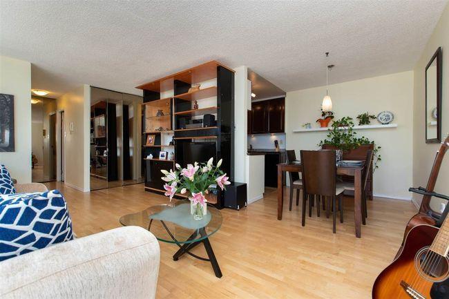 Main Photo: 905 6689 WILLINGDON AVENUE in Kensington House: Metrotown Condo for sale ()  : MLS®# R2470134