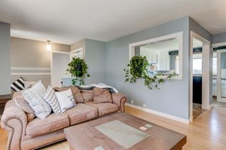 Photo 10: 5424 Ladbrooke Drive SW in Calgary: Lakeview Detached for sale : MLS®# A1103272