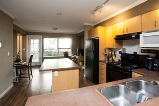"Photo 5: 21 20350 68 Avenue in Langley: Willoughby Heights Townhouse for sale in ""SUNRIDGE"" : MLS®# R2148091"