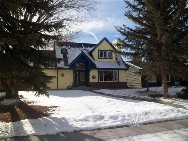 Main Photo: 102 LOCK Crescent: Okotoks Residential Detached Single Family for sale : MLS®# C3511006