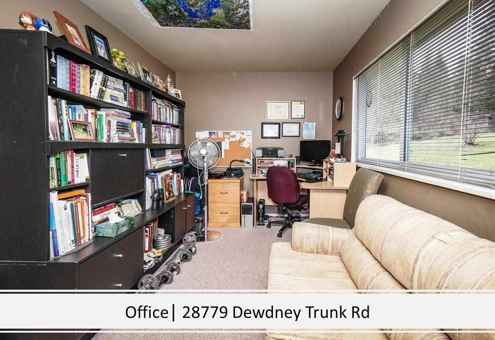 Photo 28: Photos: 28779 DEWDNEY TRUNK Road in Maple Ridge: Northeast House for sale : MLS®# R2597212