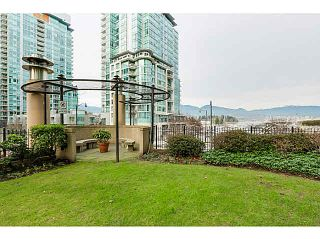 "Photo 14: 1208 588 BROUGHTON Street in Vancouver: Coal Harbour Condo for sale in ""HARBOURSIDE PARK TOWERS"" (Vancouver West)  : MLS®# V1101036"